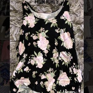 🖤really soft black floral tank top from Kohl's🖤
